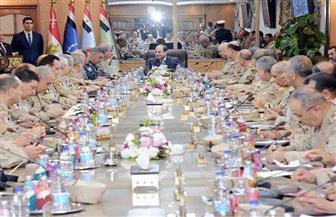 الرئيس السيسي يترأس اجتماعا موسعا لقيادات القوات المسلحة