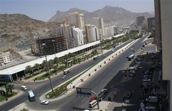 السعودية: عزل بعض الأحياء السكنية في مكة المكرمة وحظر التجول فيها