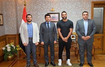 وزير الشباب والرياضة يبحث سبل إنشاء صندوق لمدربي الأندية الصحية