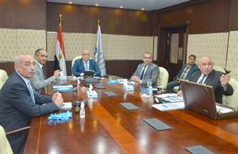 وزير الإسكان يستعرض خطة تطوير ورفع كفاءة أداء قطاع مياه الشرب والصرف الصحي | صور