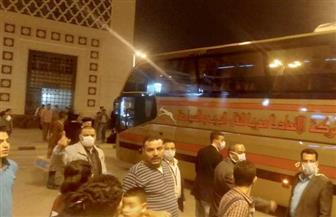 كامل الوزير يتابع نقل ركاب قطارات أسوان والأقصر للقاهرة بأتوبيسات السوبرجيت | صور