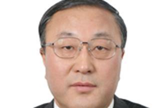 مندوب الصين لدى الأمم المتحدة يدعو إلى توفير مناخ ملائم للحوار بالعراق