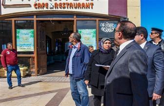 محافظ الإسكندرية يكلف بإخلاء مطعم شهير لطرحه في مزاد علني | صور