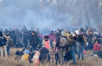 اليونان تتهم تركيا بإجبار المهاجرين على العبور إلى أراضيها