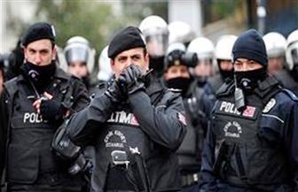تركيا تعتقل 25 امرأة تظاهرن لدعم اتفاقية لحماية النساء من العنف المنزلي