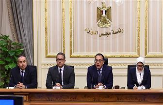 """تفاصيل المؤتمر الصحفي لرئيس الوزراء ووزيري الصحة والسياحة بخصوص """"كورونا"""""""