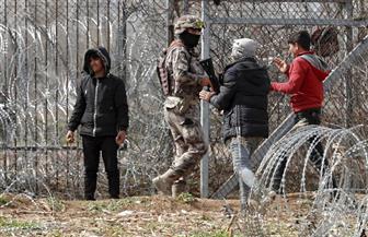 حكومة اليونان تتهم عناصر من الجيش والشرطة التركية بتحريض المهاجرين ضدها