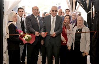 افتتاح ملتقى التوظيف العاشر بكلية الصيدلة جامعة المنصورة بمشاركة ١٨ شركة | صور