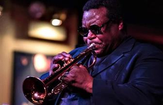 وفاة أسطورة موسيقى الجاز والاس روني بفيروس كورونا