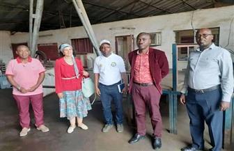 سفيرة مصر فى بوروندى تزور الورشة المصرية لإصلاح وتركيب محولات شبكة الكهرباء في بوجمبورا