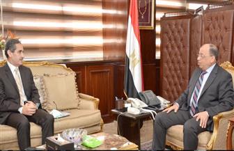 وزير التنمية المحلية يعقد اجتماعا مع محافظ الغربية ونائبه بمقر الوزارة