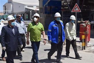 محافظ أسوان يتفقد مصنع كيما ٢ لمتابعة تنفيذ الإجراءات الوقائية لمجابهة كورونا
