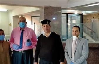 تنظيم وقائي خلال تسلم منحة العمال بمكاتب البريد وفروع البنك الزراعي المصري بالأقصر | صور