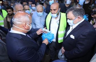 وزير النقل يشهد مبادرة عدد من رجال الأعمال لتوزيع 400 ألف كمامة مجانا |صور