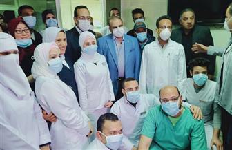 محافظ شمال سيناء يقبل تبرعا بمعدات طبية لمستشفى العريش العام| صور