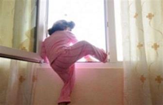 مصرع طفلة سقطت من شرفة منزلها بالدور الرابع ببورسعيد