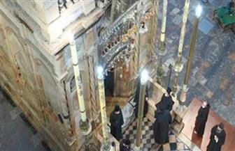 """في كنيسة القيامة بالقدس.. """"سبت النور"""" بدون مصلين أومظاهر احتفالية والسبب """"كورونا"""""""