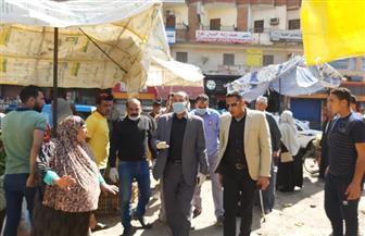 رئيس مدينة قطور يتفقد أعمال رفع القمامة والتعقيم ويقود حملة لفض الأسواق العشوائية | صور