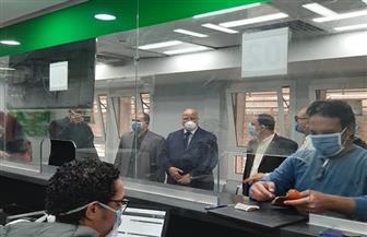 محافظ القاهرة يتابع صرف معاش تكافل وكرامة في مكتبي بريد عين شمس والفجالة | صور