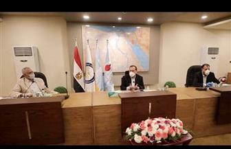 وزير البترول يتفقد عددا من مشروعات التكرير بالإسكندرية | صور