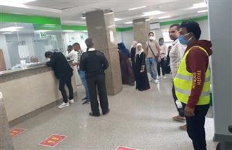 انتظام عمليات صرف معاشات شهر أبريل بمكاتب البريد بالأقصر | صور