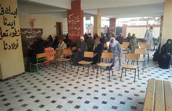 لليوم الثاني.. توافد أصحاب المعاشات على مراكز الشباب والمدارس لصرف مستحقاتهم بالشرقية | صور