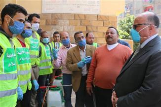 محافظ القاهرة يتفقد المدارس للاطمئنان على صرف المعاشات وتسليم شرائح التابلت | صور