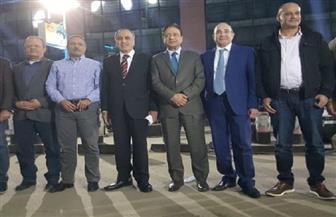 مؤسسة الأهرام تضيء مبناها تقديرا لدور القوات المسلحة والأطباء في مواجهة كورونا| صور وفيديو