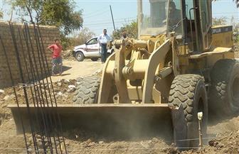 إزالة 79 حالة تعد بالبناء على 9 آلاف متر بالمنيا