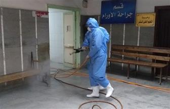 رش وتطهير مستشفى الفيوم العام تمهيدا لإعادة العمل به بكامل طاقته   صور