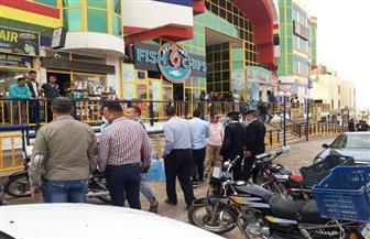 جهاز مدينة العبور يشن حملة لرفع الإشغالات ومخالفات الباعة الجائلين بالحى الأول بالمدينة