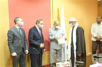 محافظ كفر الشيخ: ارتفاع عقود تقنين أراضي الدولة إلى 413 عقدا | صور