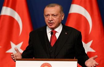 خطاب أردوغان المعادي للغرب أغلق أبواب الاقتراض