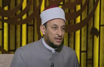 رمضان عبدالمعز: السماء مرفوعة بعمد لا ترونها | فيديو