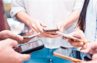 جهاز إلكتروني متصل بالهاتف المحمول لإجراء تحاليل الكشف عن الفيروسات في غضون دقائق