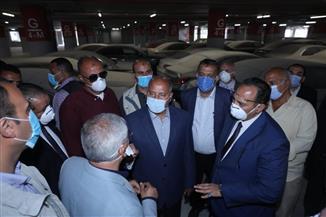 وزير النقل يشهد بدء التشغيل التجريبي للجراج متعدد الطوابق بميناء الإسكندرية   صور