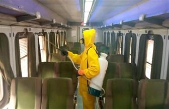 هيئة السكك الحديدية تواصل أعمال تطهير وتعقيم المحطات والقطارات بمختلف المحافظات  صور