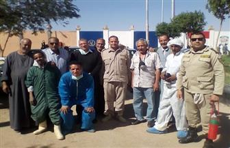 بيطري الأقصر يعلن رش وتطهير مقار معسكر فرق الأمن | صور