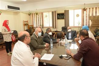 رئيس جامعة أسيوط يُعلن عن تخصيصه مستشفى جامعيا لعزل وعلاج حالات كورونا