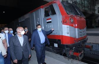 وزير النقل يتابع انتظام حركة تشغيل المترو.. ويوجه بالدفع بقطارات سكة حديد إضافية | صور
