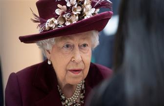 الملكة إليزابيث: البريطانيون يتعين أن يظهروا انضباطا ذاتيا ضد «كورونا»
