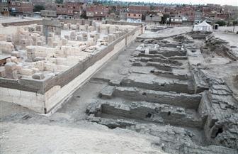 وزارة السياحة والآثار تنجح في الكشف عن ودائع أساس ومخازن معبد رمسيس الثاني بأبيدوس | صور