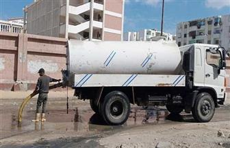 سحب تراكمات مياه الصرف الصحي من الطريق الصحراوي غرب الإسكندرية