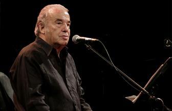 وفاة المغني المكسيكي أوسكار تشافيز بفيروس كورونا