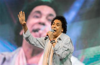 محمد منير يهدى أغنية الشهيد للتليفزيون المصرى| فيديو