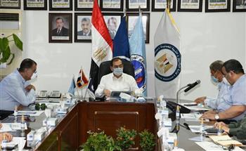وزيرالبترول يترأس اجتماع اللجنة العليا للمنطقة الجغرافية البترولية بمسطرد| صور