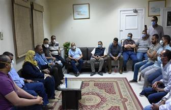 محافظ أسوان يشيد باستجابة وزيرة الصحة بالدفع بطاقم طبي لحل أزمة المستشفى الجامعي | صور
