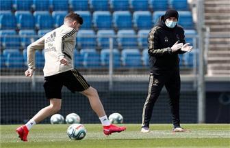 بعد غياب شهرين.. ريال مدريد يعود إلى التدريبات الجماعية | صور