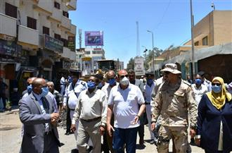 محافظ أسوان يتفقد مشروع تطوير السوق السياحي | صور