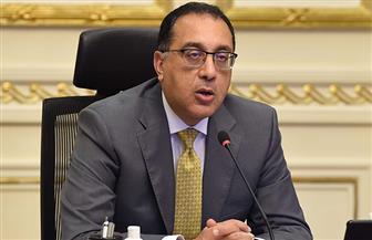 """رئيس الوزراء يطمئن على توافر أدوية بروتوكولات علاج فيروس """"كورونا"""""""